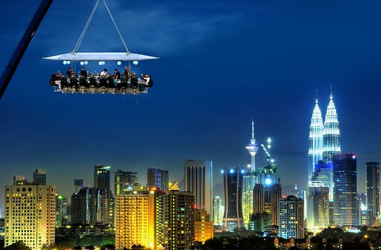 Dinner in the sky - restaurant insolite - concept original - atypique - restaurant dans les airs