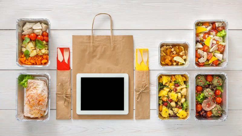 Startups foodservice-covid19-restaurant-offre-solution-plateforme-digital-marketing-application-click and collect